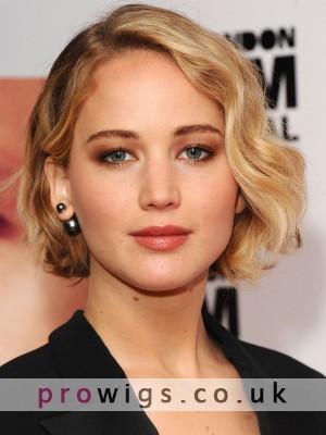 Fashion Medium Wavy Lace Front Human Hair