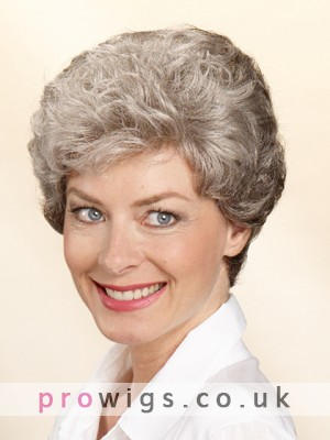 Wavy Short Fashionable Capless Wig