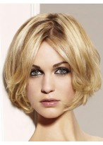 Short Wavy Bob Lace Wig with Curly Ends